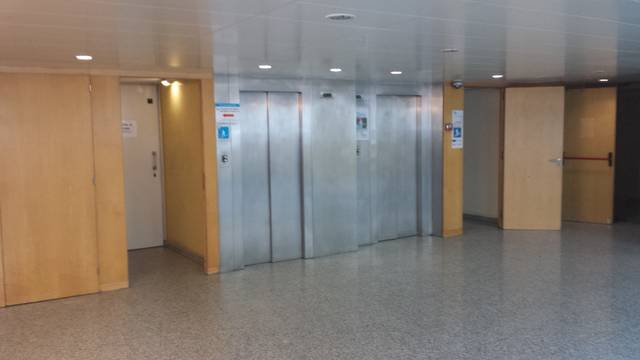 Oficina a Barcelona 720 m² – 001027/1 photo2