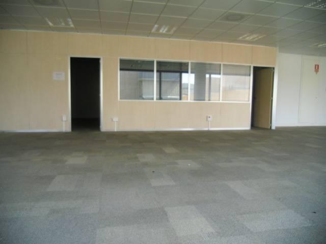 Oficina a Badalona 220 m² – 000483/1 photo8