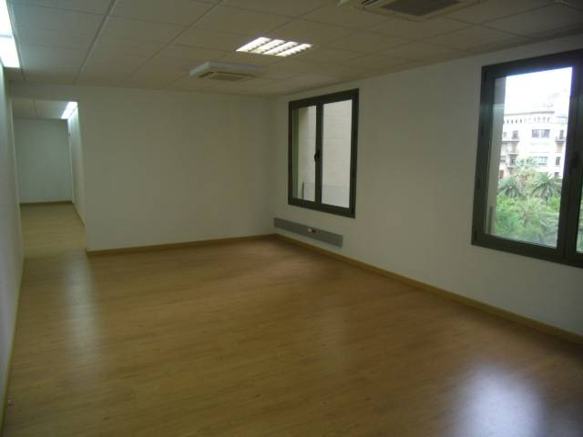 Oficina a Barcelona 238.5 m² – 90503-14/V photo2